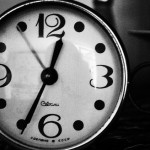 black-and-white-clock-hand-890 resized 630x350